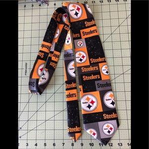 Pittsburgh Steelers NFL football team tie